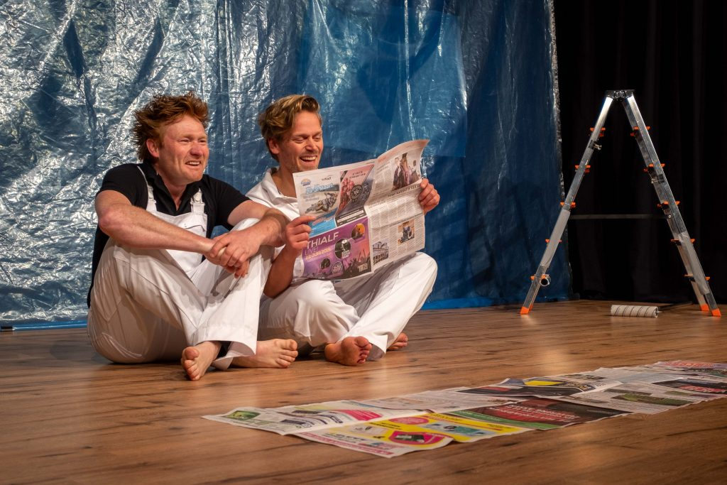 Two actors on stage in play Ahoi