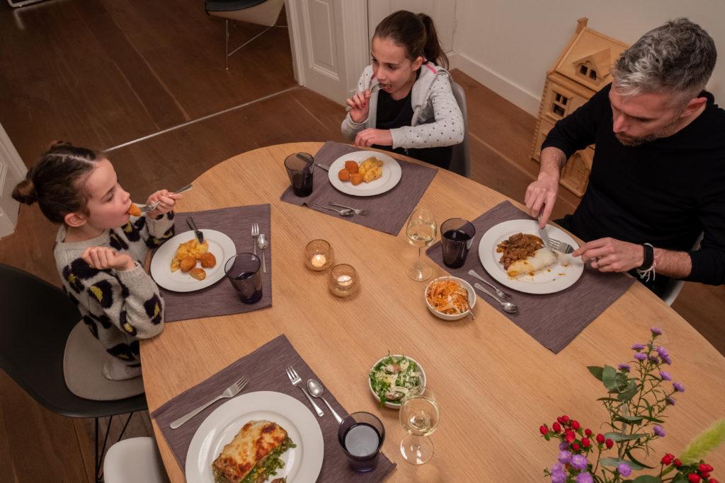 Eva Cameron_MarleenKookt_thuis uit eten_bezorgmaaltijden Haarlem_kindvriendelijk_afhaalmenu