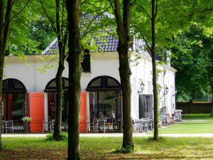 Brasserie Beeckestijn Velsen terras