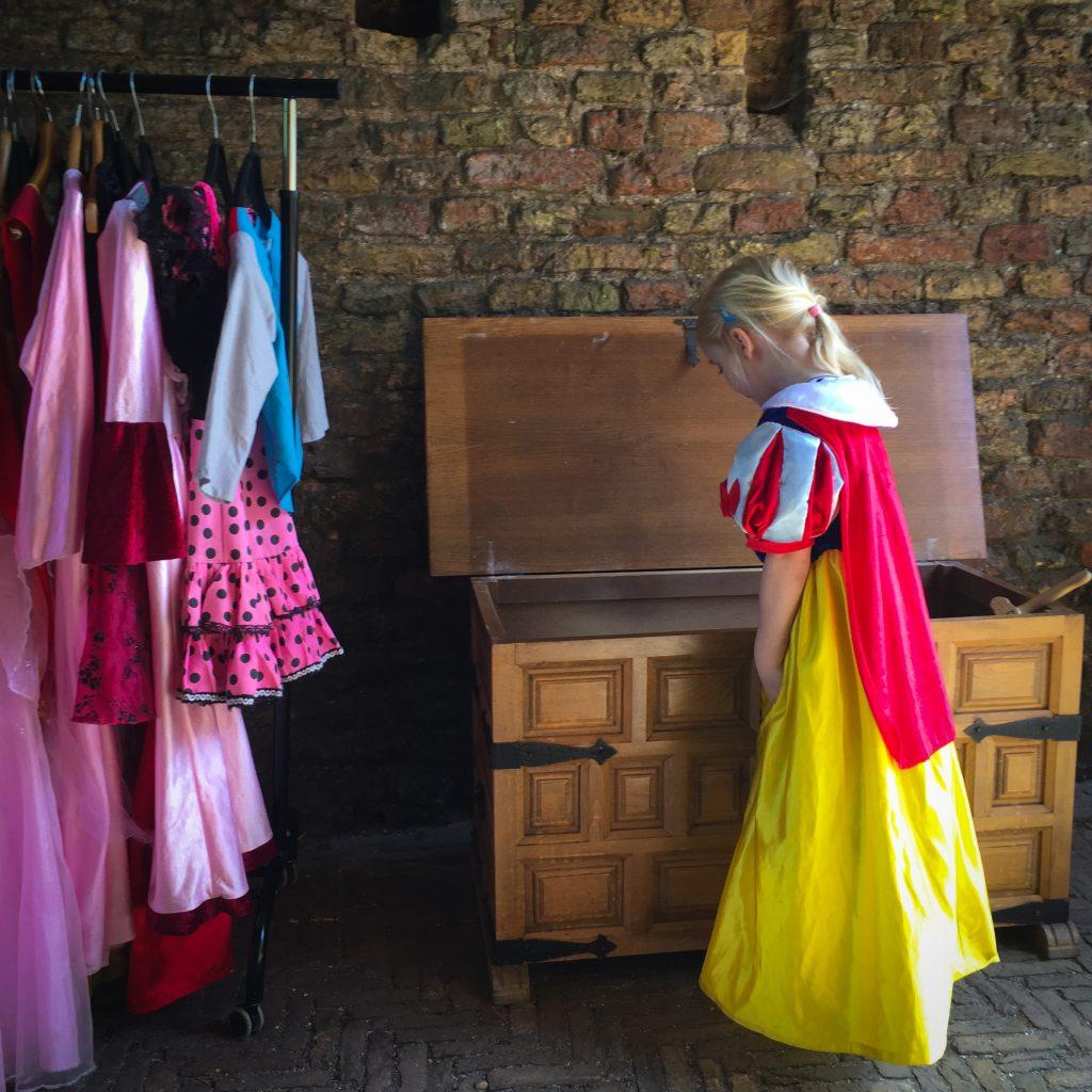 Eva Ruïne van Brederode verkleedkleding