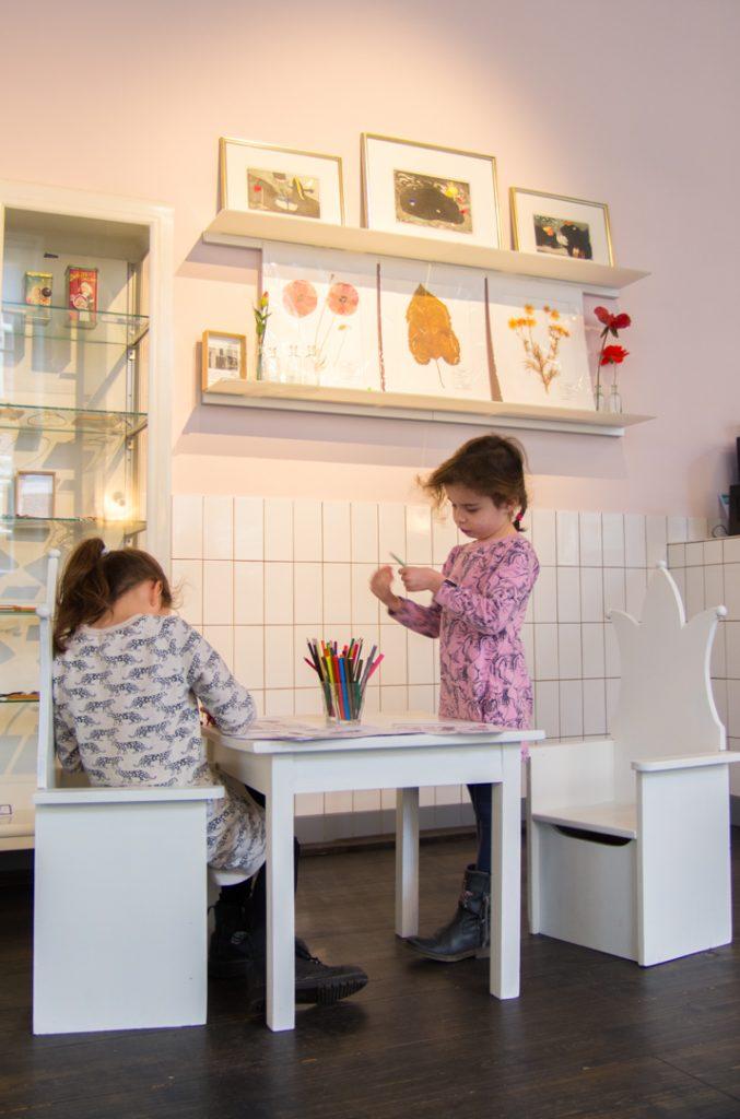 Eva_Kinderhoekje cafe