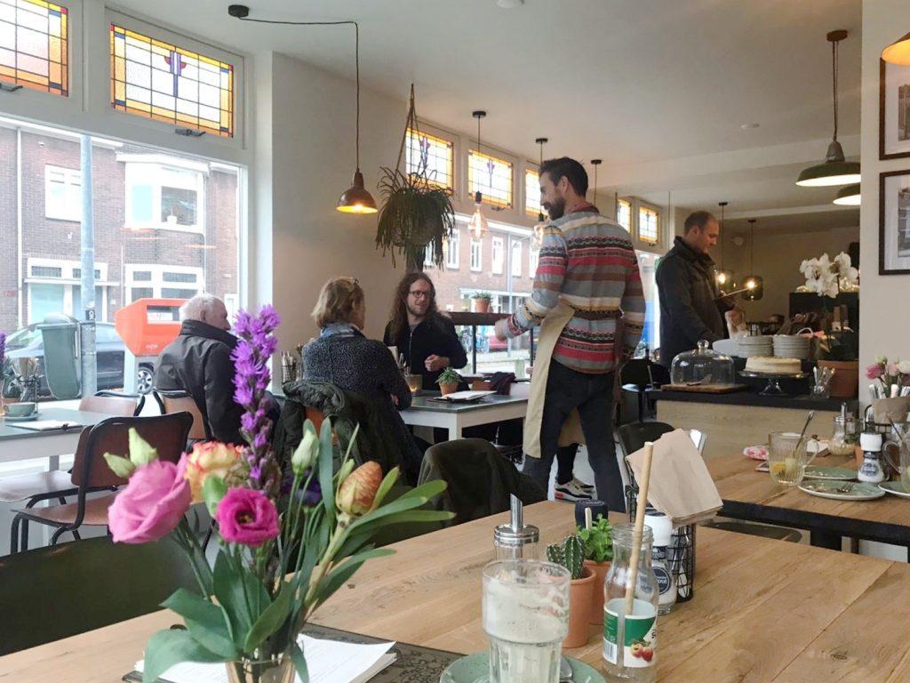 Nes71 lunch Planetenbuurt Haarlem