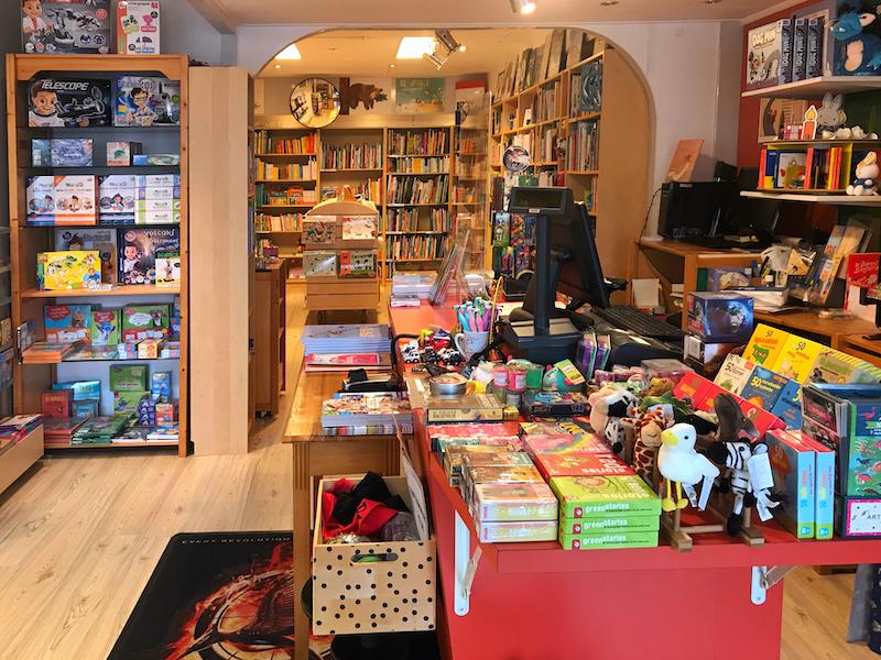 Kennemer Boekhandel KB Junior Kleverparkbuurt Haarlem