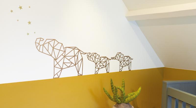 Muursticker geometrische olifant en sterren Forest and Bear kinderkamer