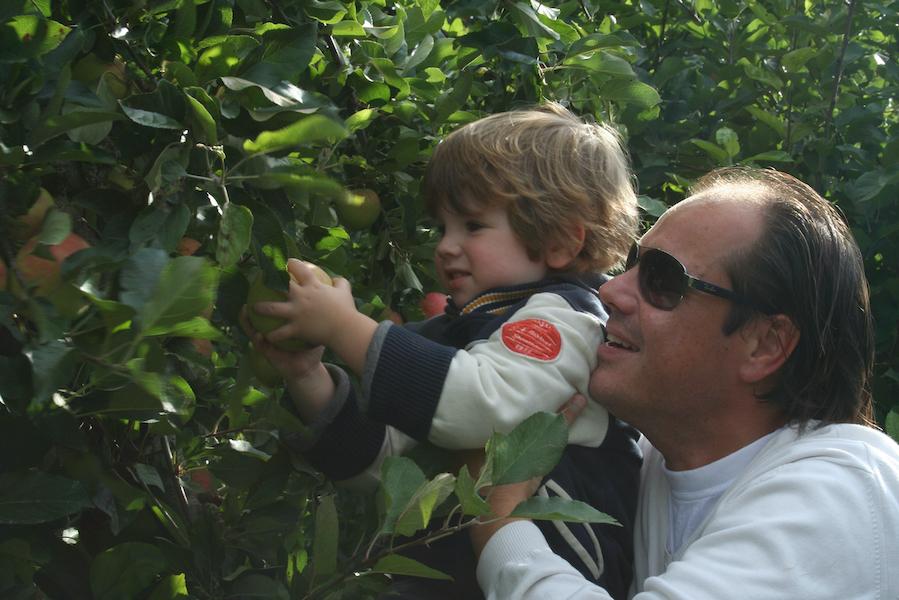 Nicoline_Olmenhorst_appels plukken