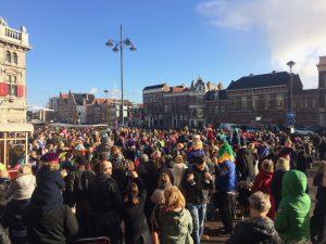 Sintintocht Haarlem menigte