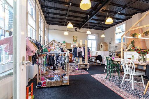 Toost Hillegom kinderwinkels rondom Haarlem Mugjes